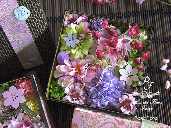 ひな祭りのアーティフィシャルフラワーボックスアレンジ花手箱